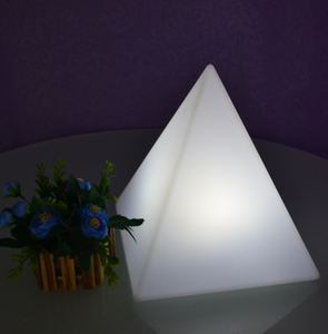 colors change Cone-shape LED Decorative Light
